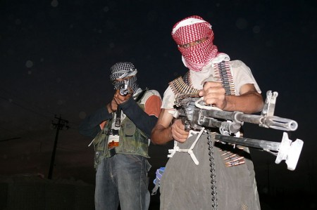 Two armed Iraqi insurgents - Photo by Menendj