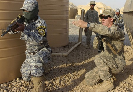 US Troops Training Iraqis