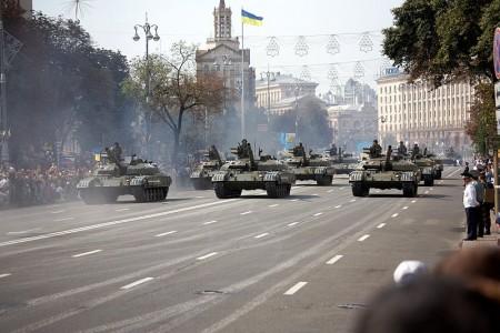 Ukrainian_T-64_tanks_on_parade - Photo by Michael