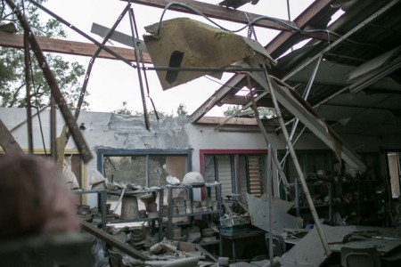 Operation_Protective_Edge - Building damaged by a rocket launched from Gaza - Photo by IDF