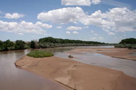 Rio_Grande_River_Bed - Photo by Asaavedra32