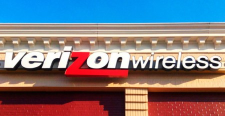 Verizon - Photo by jeepersmedia on Flickr