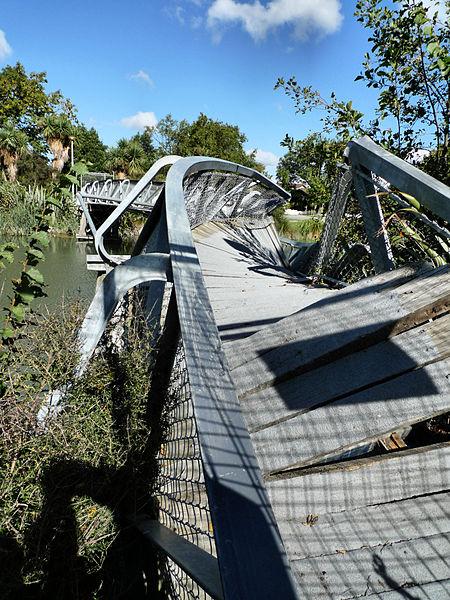 Earthquake Damage - Photo by Martin Luff