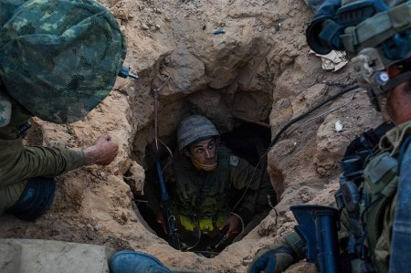 IDF_Paratroopers_Operate_Within_Gaza During War - Photo by IDF