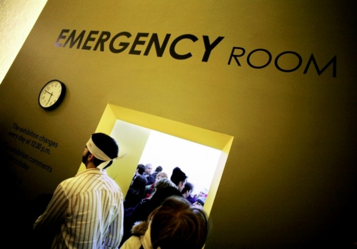 Emergency Room - Photo by Thierry Geoffroy