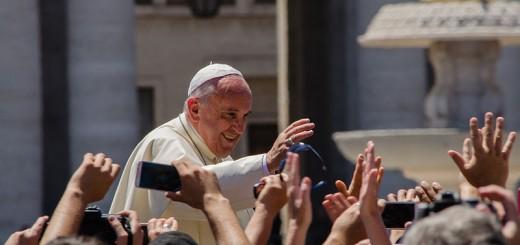 Pope Francis - Photo by Alfredo Borba