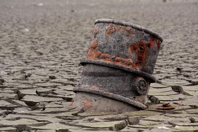 Oil - Public Domain