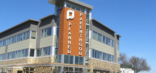 Planned_Parenthood_in_St._Paul - Photo by Fibonacci Blue