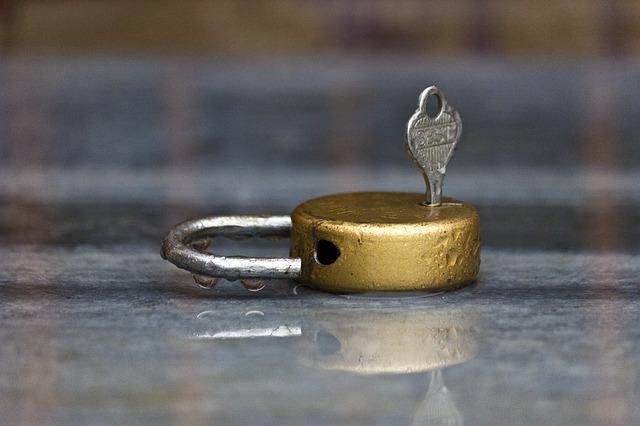 Lock In The Rain - Public Domain