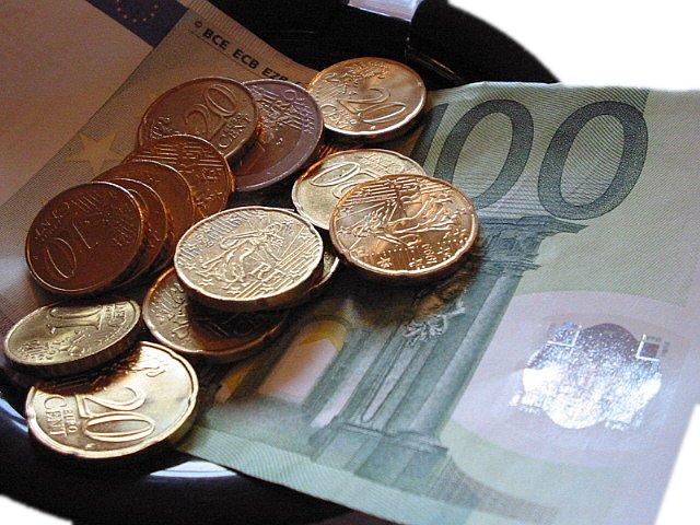Euros - Photo by Julien Jorge