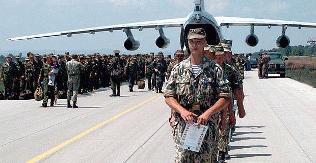 Russian Troops - Photo by Teresa H. Hawkins via Wikimedia Commons