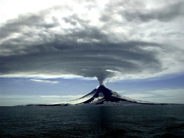 40 Volcanoes Are Erupting Right Now As The Crust Of The Earth Becomes Increasingly Unstable