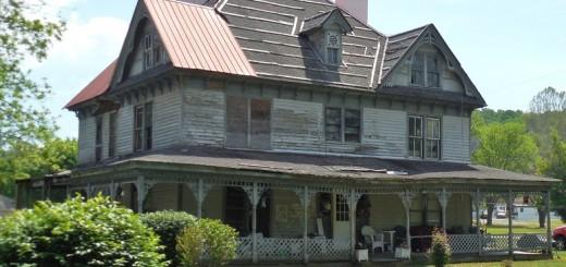 Abandoned House - Public Domain