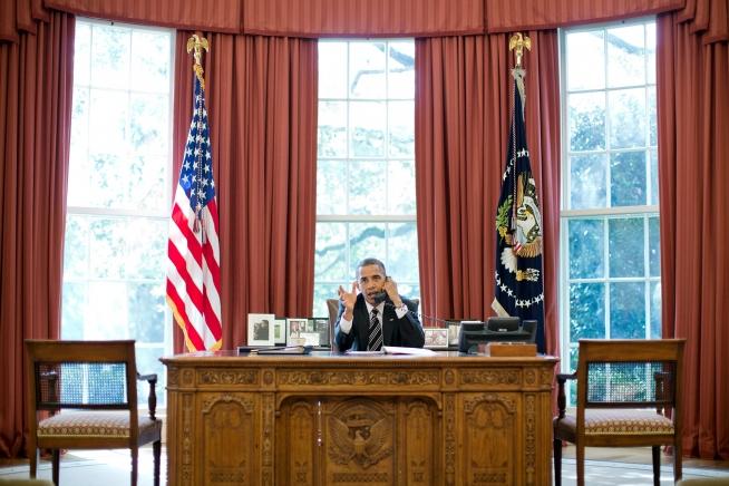 barack-obama-talks