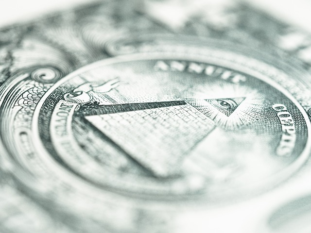 great-seal-on-the-dollar-public-domain