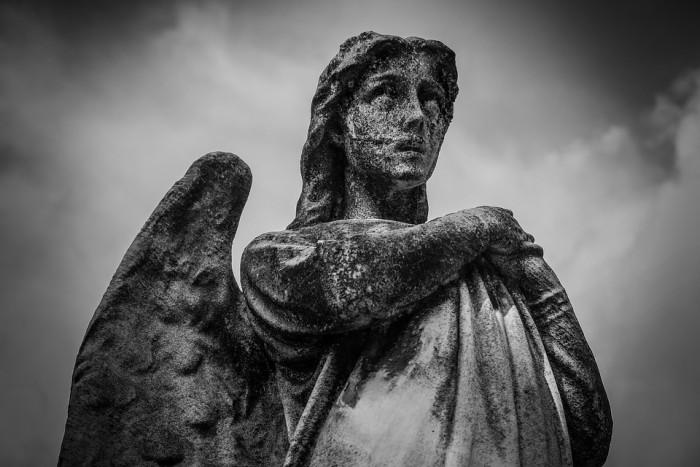 angel-sculpture-public-domain
