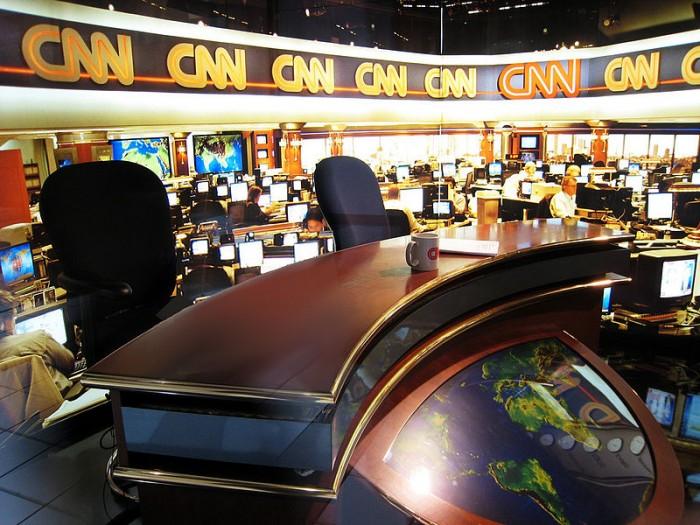 cnn-newsroom-photo-by-doug-waldron