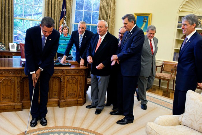 Obama putting in the Oval Office - Public Domain